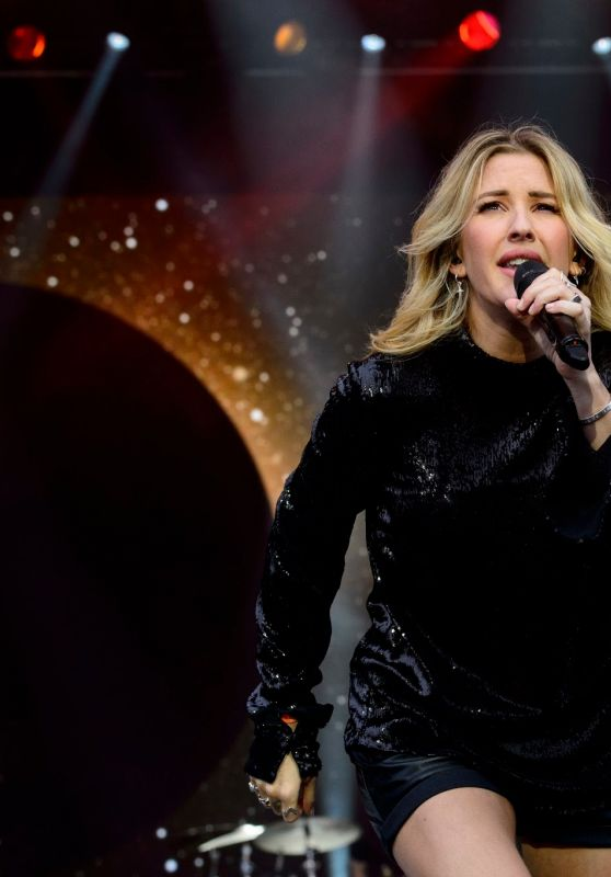Ellie Goulding - Performing  at Glastonbury Festival - Day 3, 6/26/2016