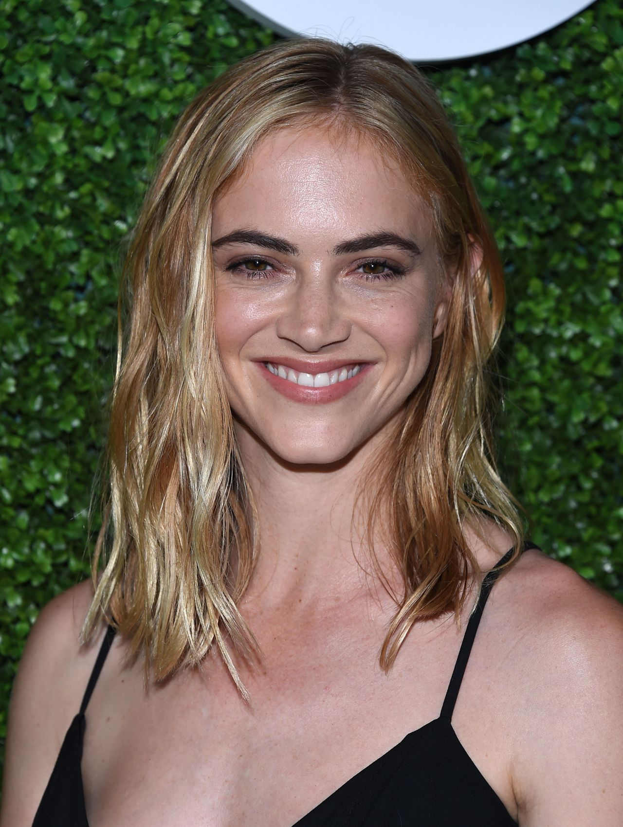 Emily wickersham cbs television studios summer soiree in - Emily wickersham gardener of eden ...