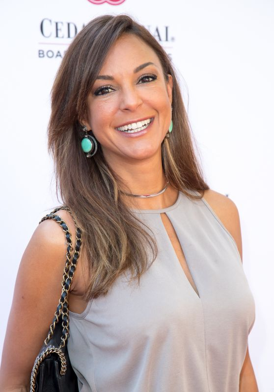 Eva LaRue – 1st Annual Rock For Research Summer Concert in Beverly Hills 6/26/2016