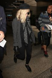 Fergie Travel Outfit - LAX Airport in LA 5/31/2016