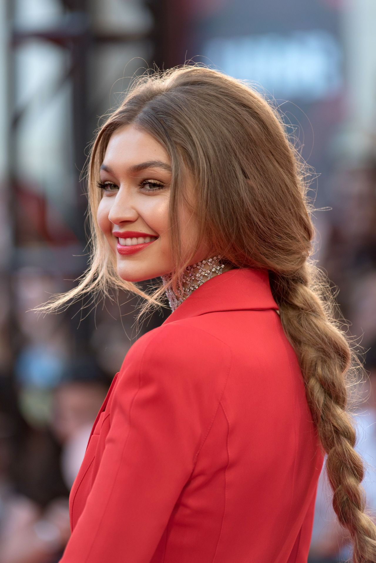 gigi hadid - photo #6
