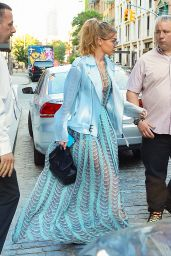 Gigi Hadid - Leaving Her Apartment in New York City 6/18/2016