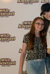 Hailee Steinfeld - Meet & Greet at Wild Adventures, Valdosta, GA 6/4/2016