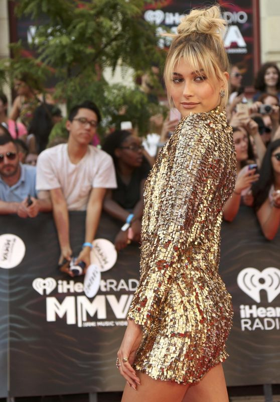 Hailey Baldwin - 2016 MuchMusic Video Awards in Toronto