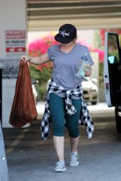 Hilary Duff at a Rock Climbing Fitness Class in Los Angeles 6/3/2016