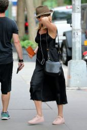 Jennifer Aniston Casual Style - Out in New York City 6/27/2016