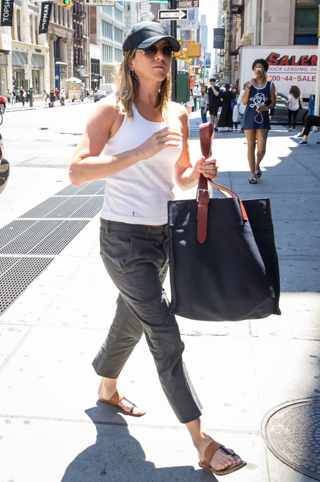 Jennifer Aniston Street Style Shopping In Soho New York