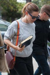 Jennifer Garner - Arrives for a Sunday Church Service in Pacific Palisades, CA 6/5/2016
