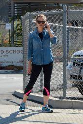 Jennifer Garner in Spandex - Arriving at the Gym For Her Morning Workout in Brentwood 6/20/2016