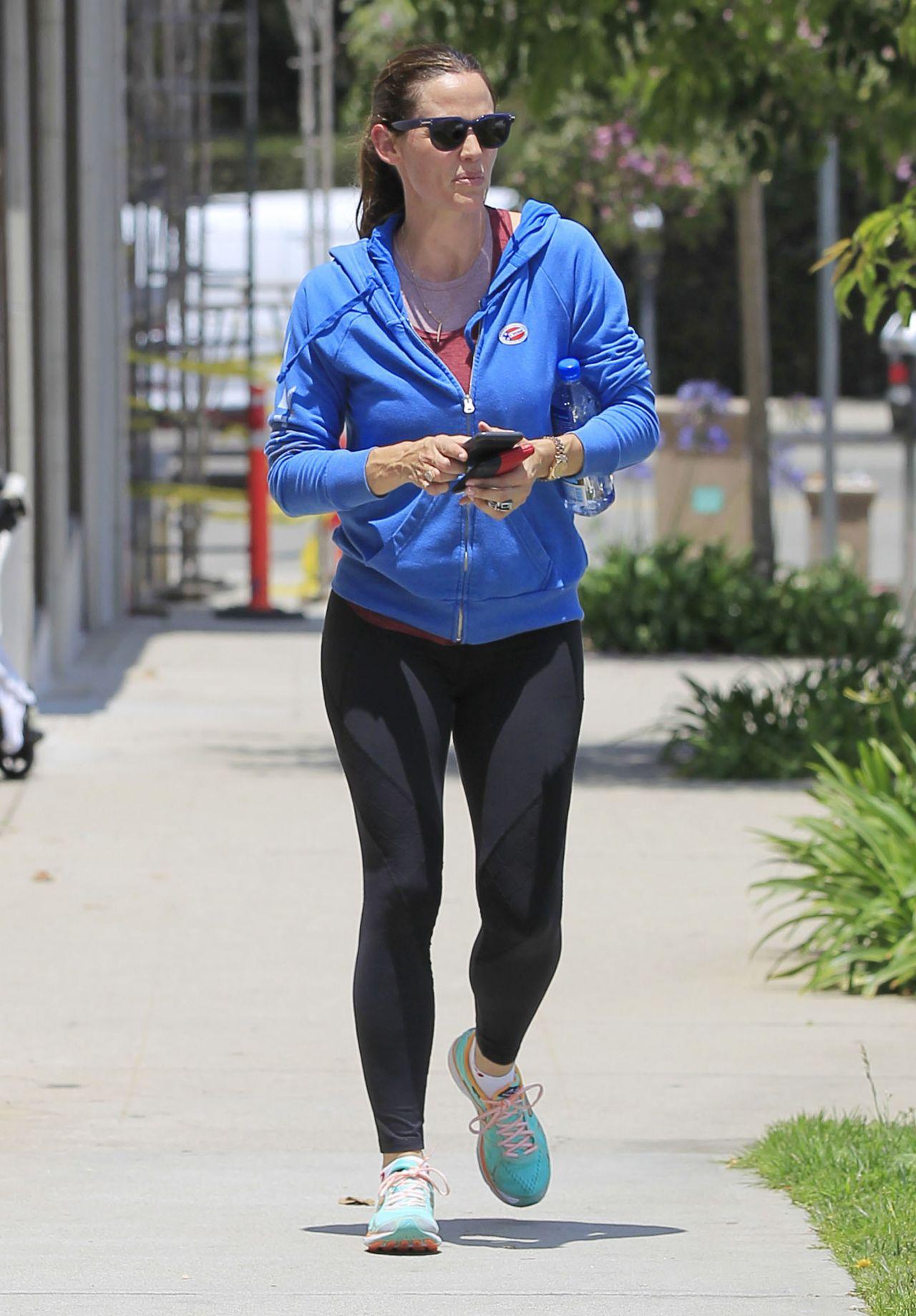 Jennifer Garner In Spandex Out In Los Angeles 6 7 2016