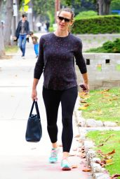 Jennifer Garner in Tights - Out in Los Angeles 6/9/2016