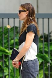 Jennifer Garner - Out in Pacific Palisades 6/26/2016