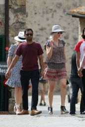 Jennifer Lawrence Inspiring Style - Out in Monteriggioni, Italy, May 2016