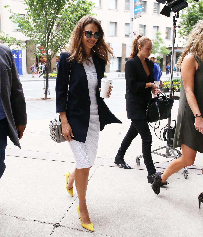 http://celebmafia.com/wp-content/uploads/2016/06/jessica-alba-office-chic-outfit-toronto-6-28-2016-7.jpg