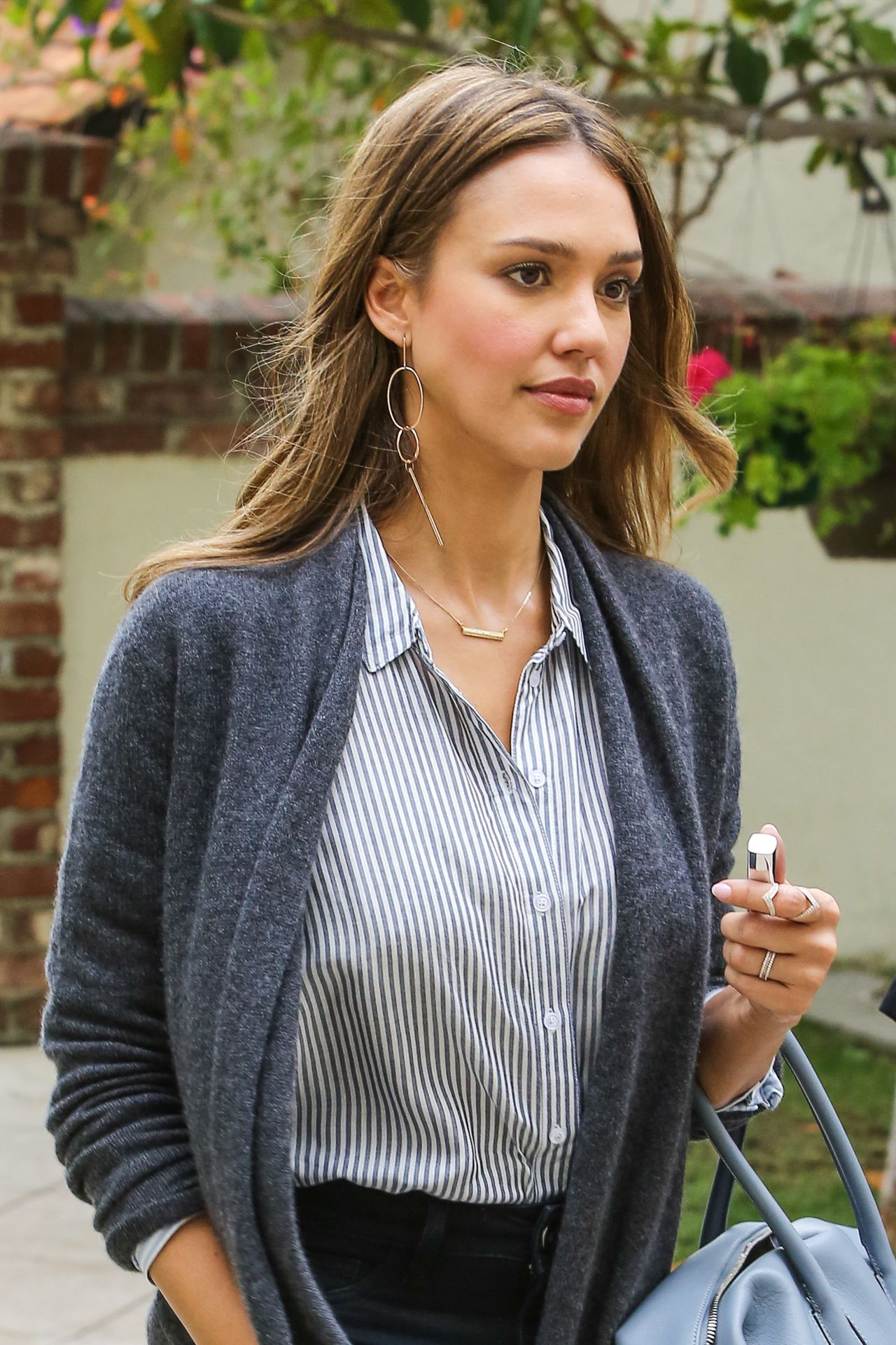 Jessica Alba Latest Ph...