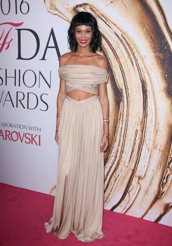 Joan Smalls – CFDA Fashion Awards in Hammerstein Ballroom, New York City 6/6/2016