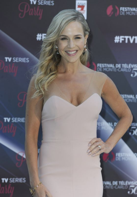 Julie Benz - Photocall at Cocktail Hotel Montecarlo Bay , June 2016