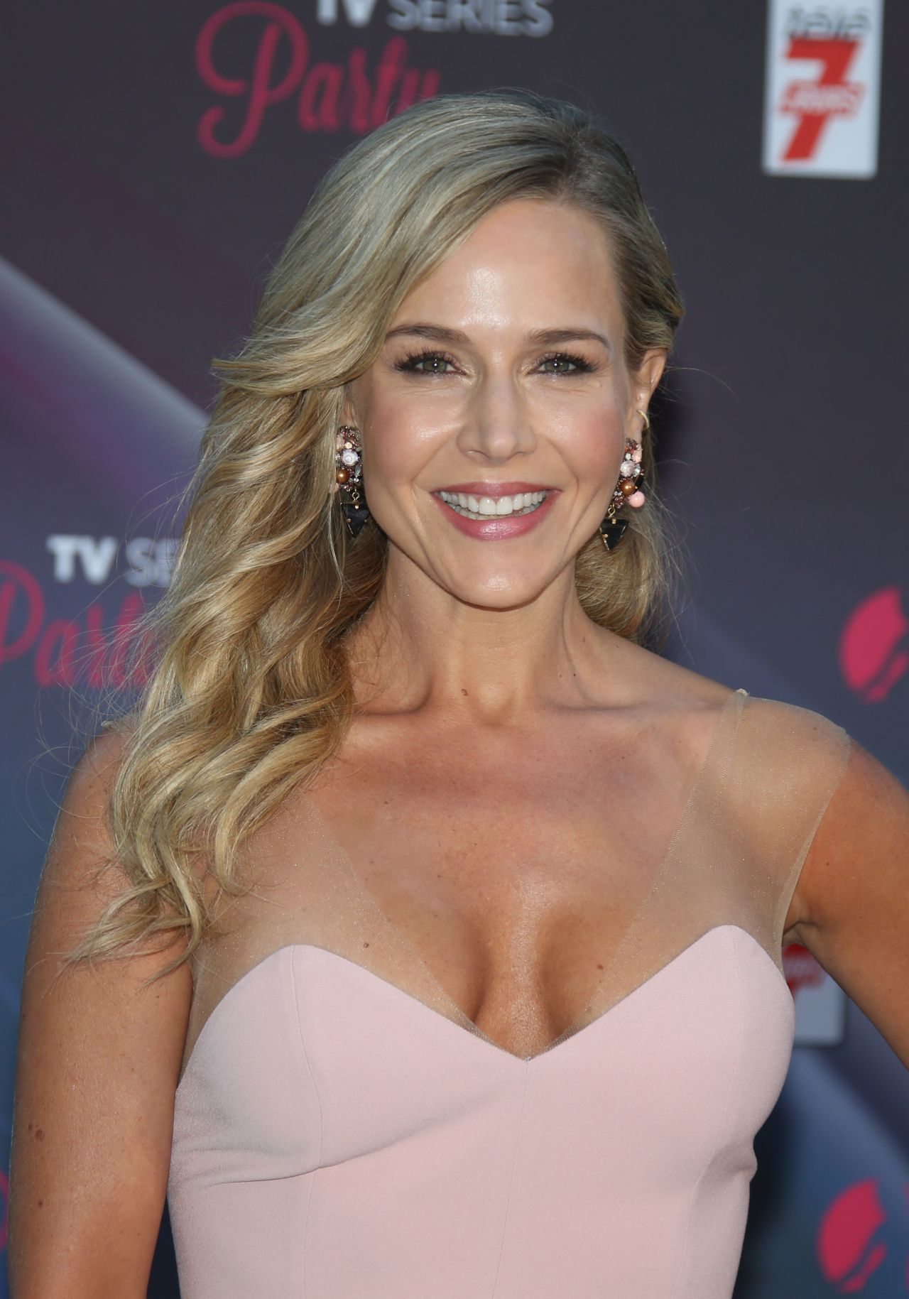Julie Benz Julie Benz new photo