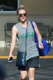 Kaley Cuoco Running Errands Including a Stop at Gelson
