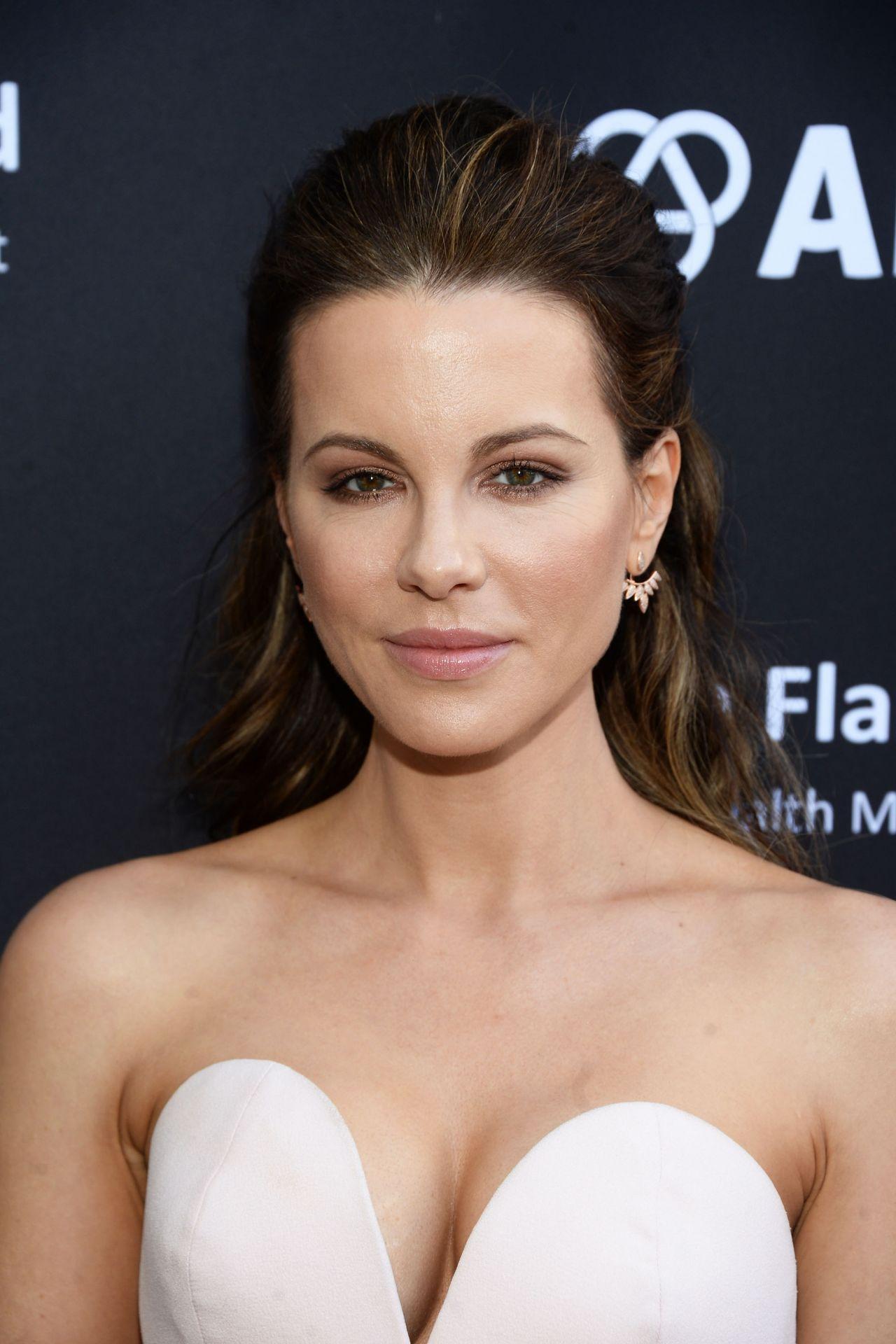 Kate Beckinsale – BAFTA LA Garden Party in Los Angeles 6/26/2016