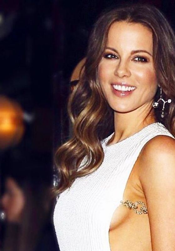 Kate Beckinsale Personal Pics, June 2016