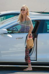 Kate Hudson - Out in Los Angeles 6/22/2016