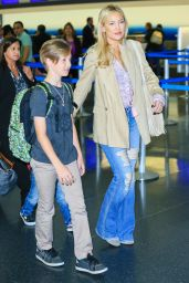 Kate Hudson Travel Outfit - JFK Airport in NYC 6/8/2016