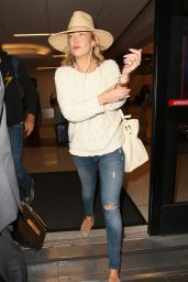 Kate Hudson Travel Style - LAX Airport in LA 5/31/2016