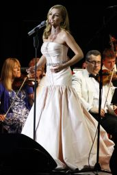 Katherine Jenkins - Performing at the Hampton Court Palace Festival 2016 London
