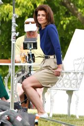 Katie Holmes on the Set of