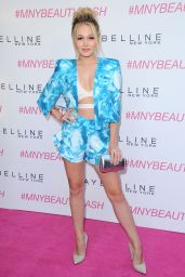 Kelli Berglund - Maybelline New York
