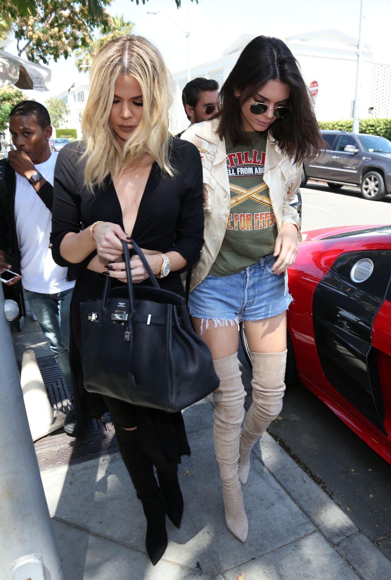 Khloe kardashian at il pastaio restaurant in beverly hills
