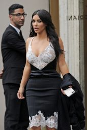 Kim Kardashian - Out to Dinner at