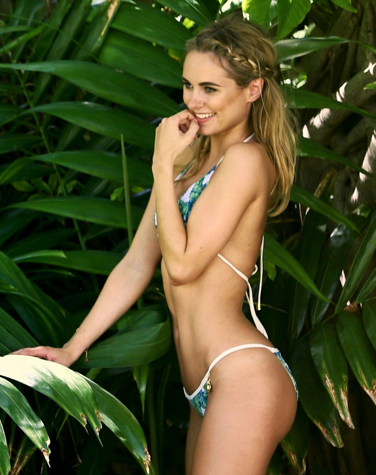 Kimberley Garner Bikini Photoshoop Anguilla June 2016