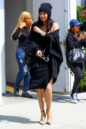 Kylie Jenner Classy Fashion - Out in Los Angeles 6/1/216
