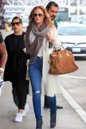 Leah Remini Travel Outfit - at LAX Airport in Los Angeles 5/31/2016