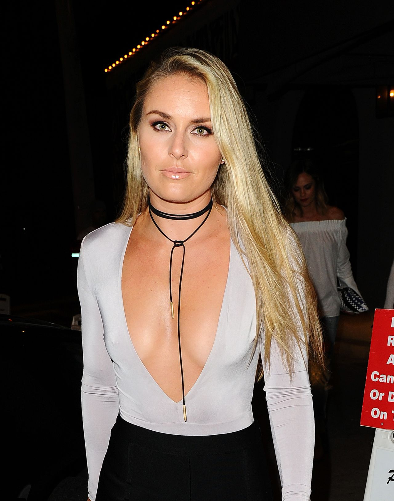 lindsey vonn night out style dines at craigs restaurant