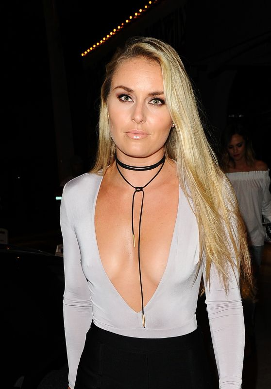 Lindsey Vonn Night Out Style - Dines at Craig's Restaurant in Hollywood 6/27/2016