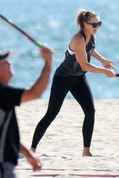 Maria Sharapova on a Beach in Los Angeles 8/6/2016
