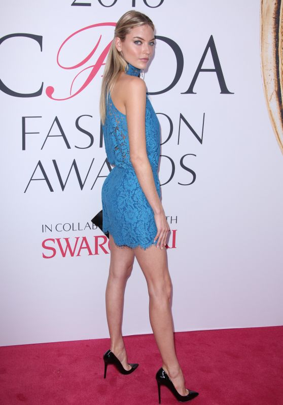 Martha Hunt – CFDA Fashion Awards in Hammerstein Ballroom, New York City 6/6/2016