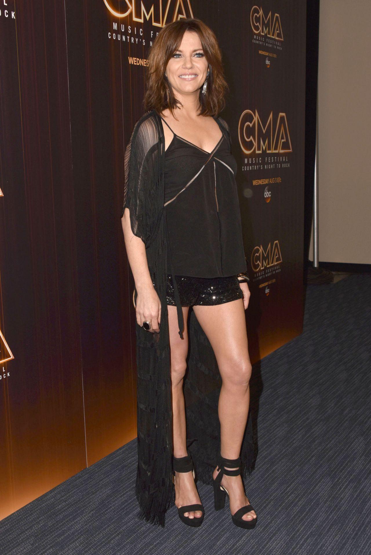 Martina Mcbride Cma Awards Related Keywords