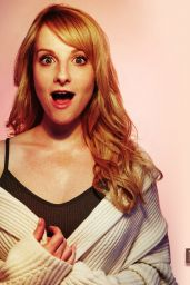 Melissa Rauch Cute Wallpapers (+4)