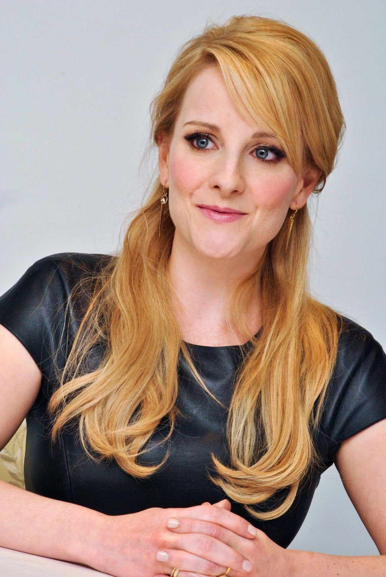 Melissa Rauch The Bronze Press Conference Portraits