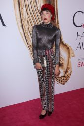 Mia Moretti – CFDA Fashion Awards in Hammerstein Ballroom, New York City 6/6/2016