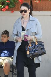 Michelle Trachtenberg at Il Pastaio Italian Restaurant in Beverly Hills 6/8/2016
