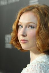 Molly Quinn -