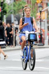 Nina Agdal - Out in NYC 6/7/2016