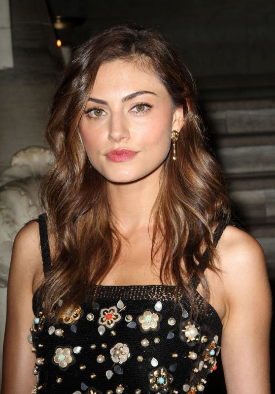 Phoebe Tonkin – Chanel Fine Jewelry Dinner in New York City, NY 6/2/2016