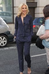 Pixie Lott Style - Arrives Radio 2 To Pre-Record Graham Norton Show, London, June 2016