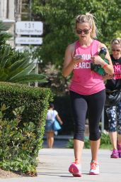 Reese Witherspoon in Leggings - Out in Los Angeles 6/21/2016